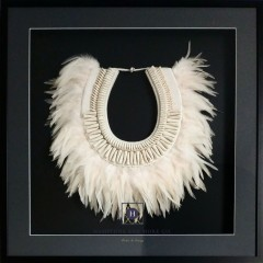Tribal feather and shell necklace Black